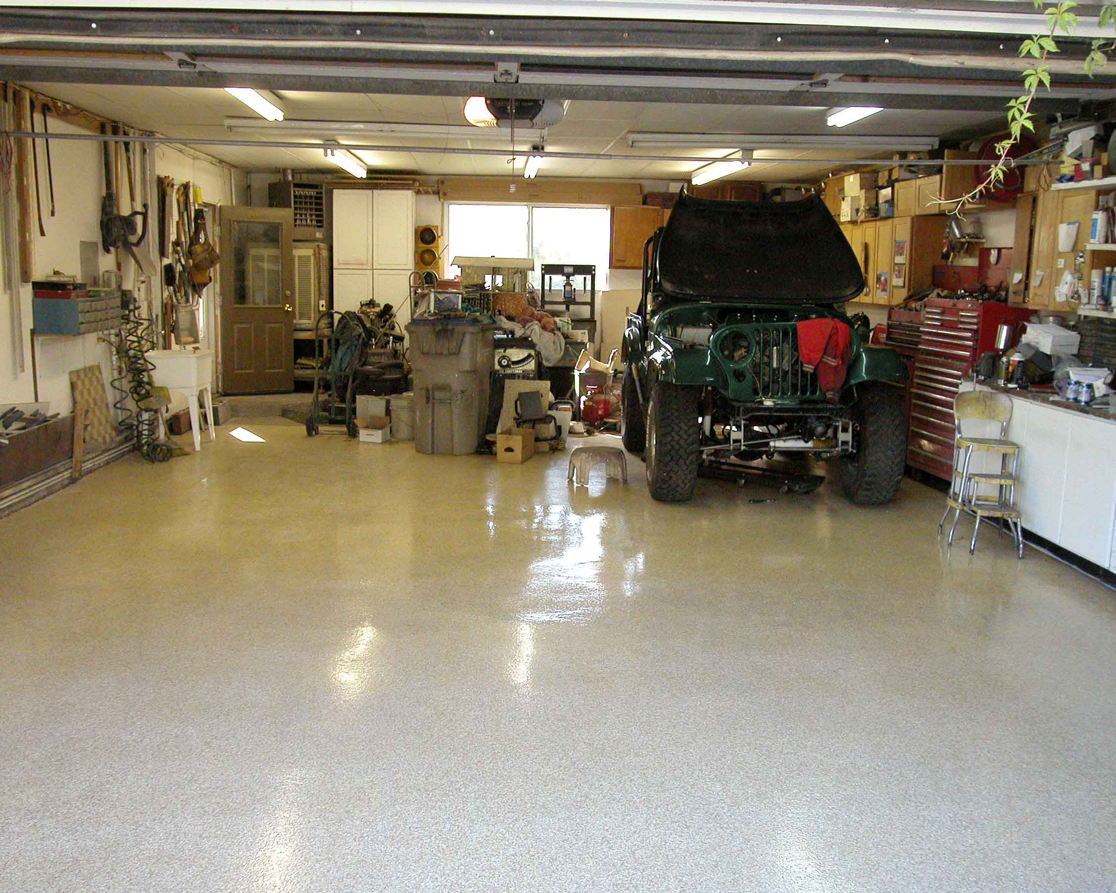 Painting Concrete Floors   Painting Concrete Floors